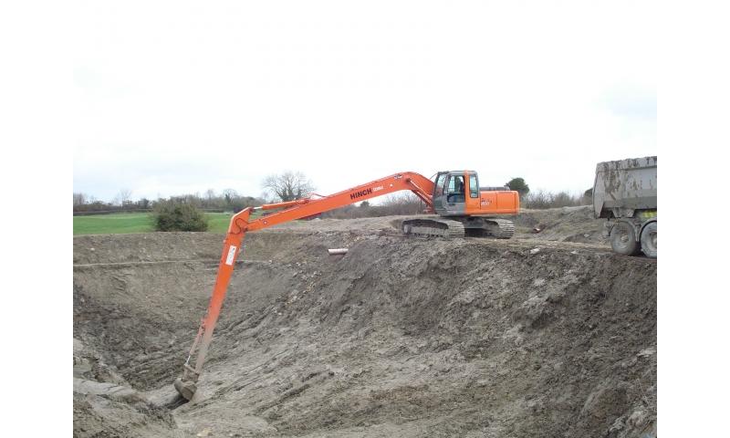 Excavators Long Reach