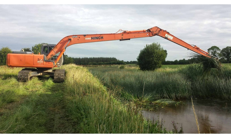 long-reach-excavators-ireland